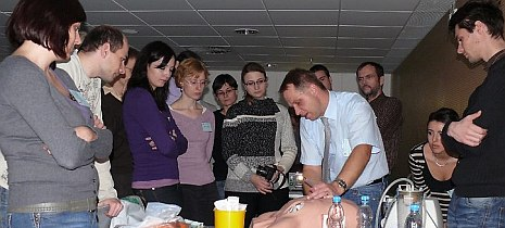 Collaboration of studetns with the physician-teacher